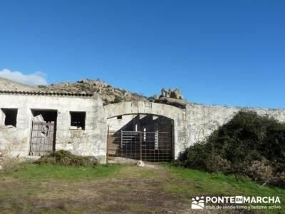 Senderismo Sierra Norte Madrid - Belén Viviente de Buitrago; senderismo por galicia